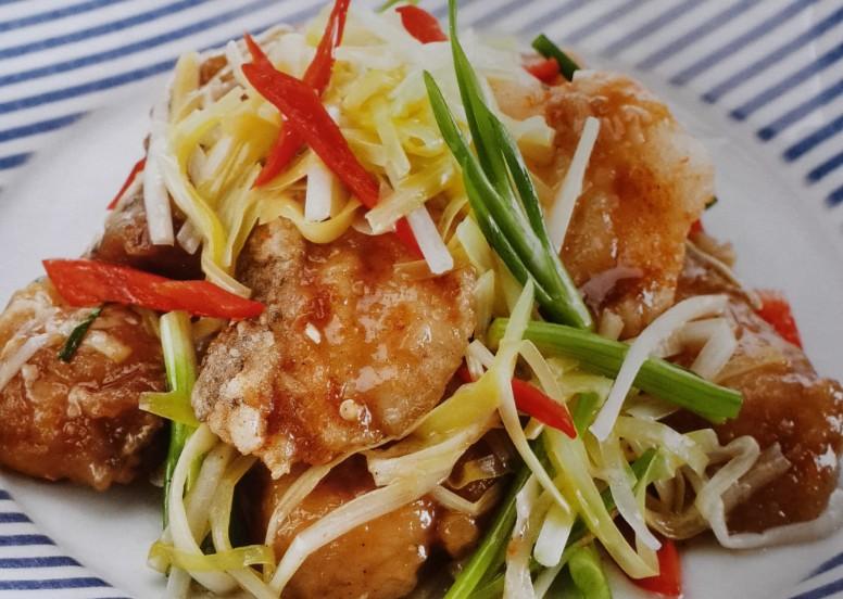 ผัดกุยช่ายขาวปลากะพง